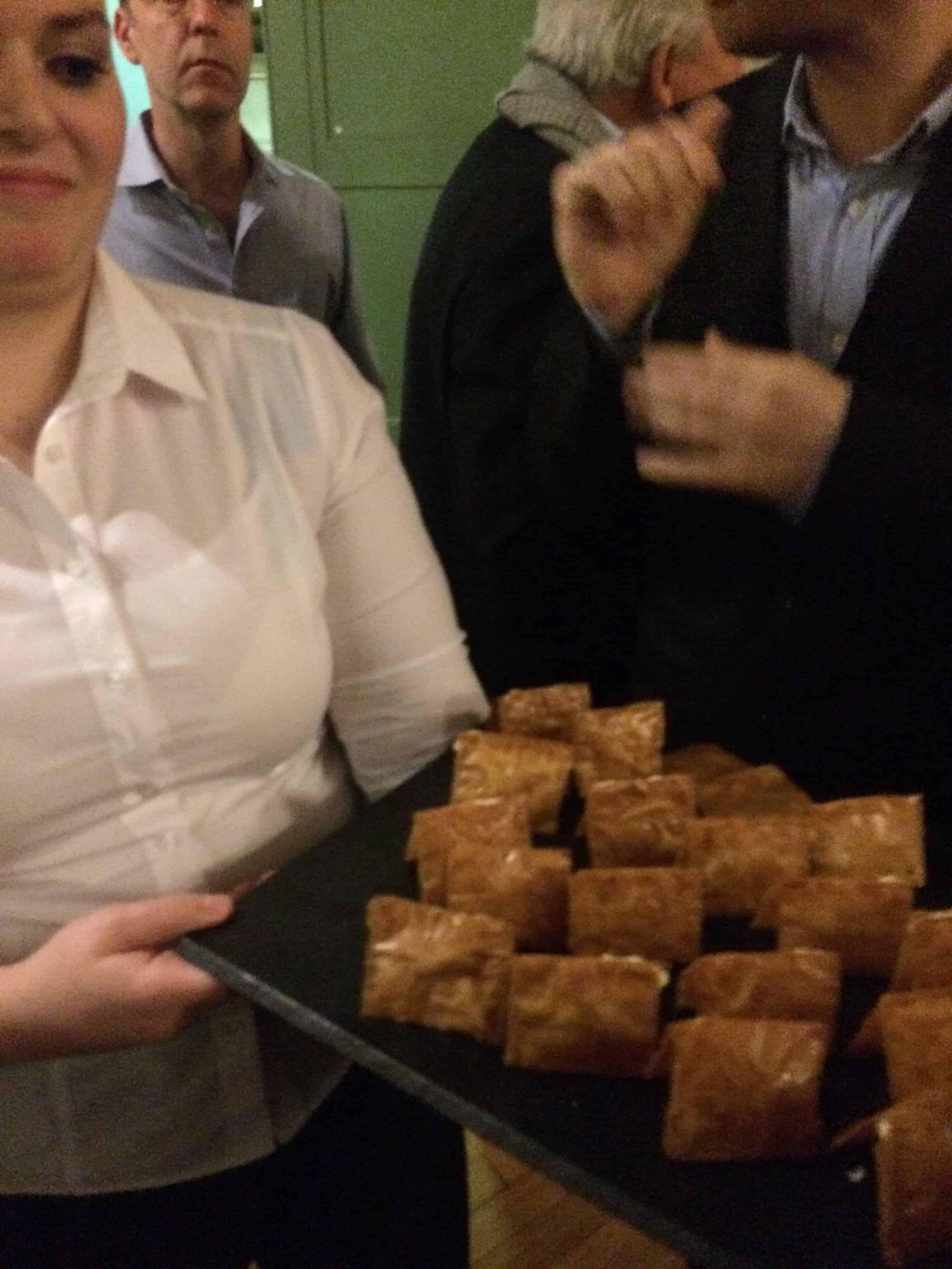 Crujiente de quesos: Toffee flavoured filo pastry with Spanish cheeses